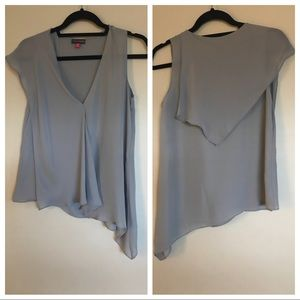 Vince Camuto high low one sleeve blouse sz 4p